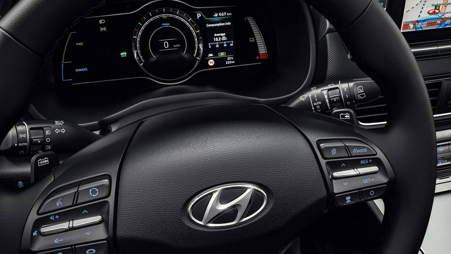 Hyundai admits doubts over driverless cars