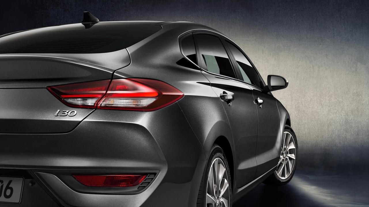 2017 - [Hyundai] i30 Fastback Hyundai-i30-fastback