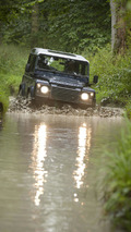2013 Land Rover Defender 03.9.2012