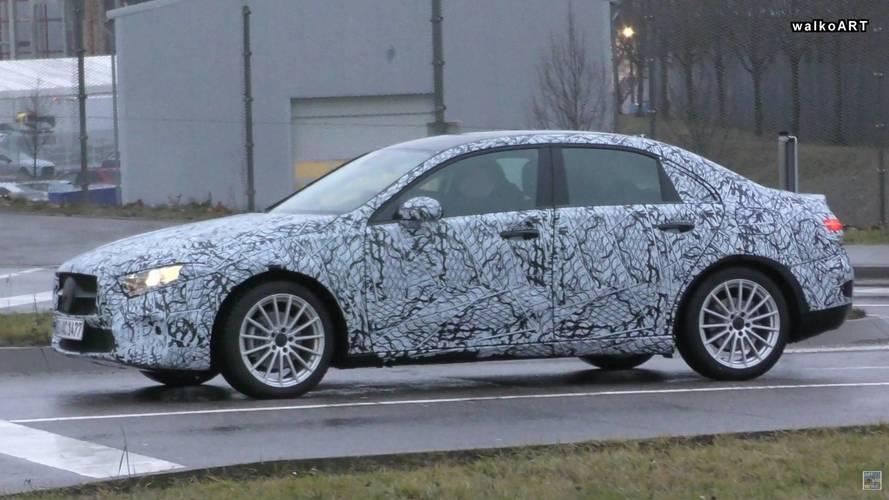 Mercedes A Serisi Sedan kameralara yakalandı
