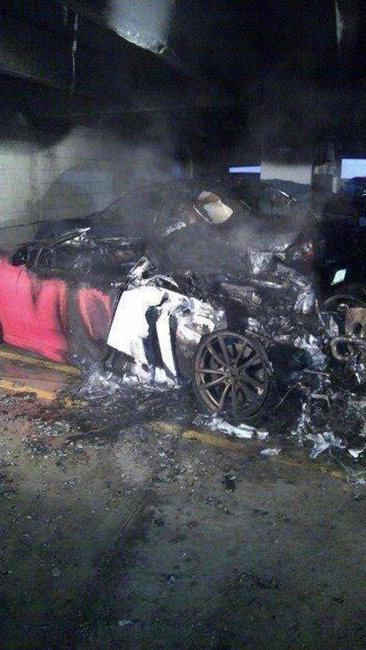 Ferrari F430 fire in Pennsylvania hospital parking garage