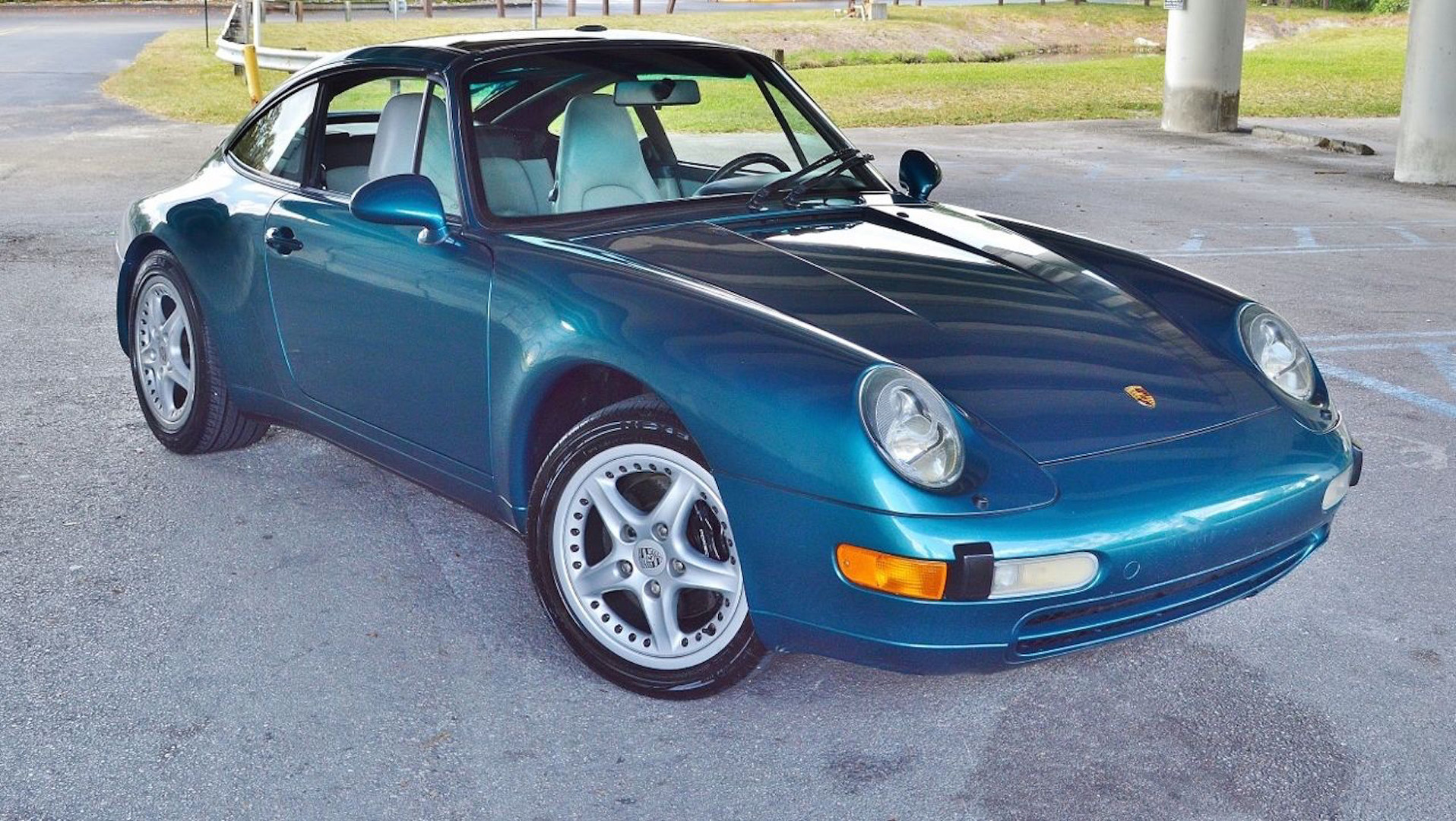 Teal Porsche 993 Targa eBay Find Is Pure '90s Nostalgia