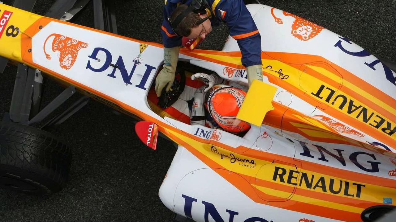 Nelson Piquet Jr (BRA), Renault F1 Team, R29, Formula 1 Testing, Jerez, Spain, 10.02.2009