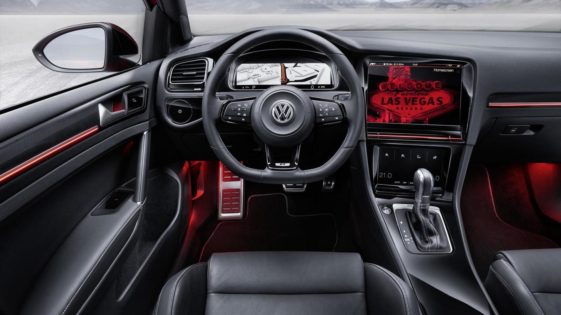 Цифровая приборная панель Volkswagen Golf R Touch