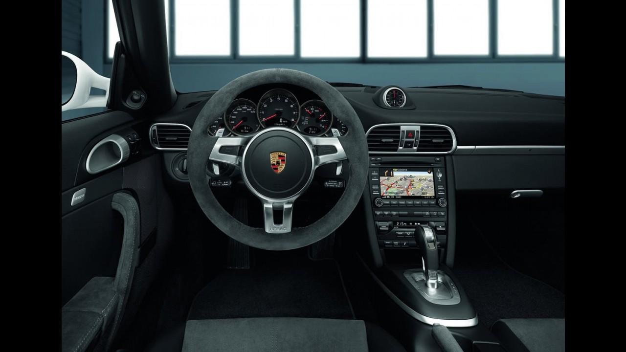 Fotos e Vídeo: Porsche 911 Carrera GTS 2011