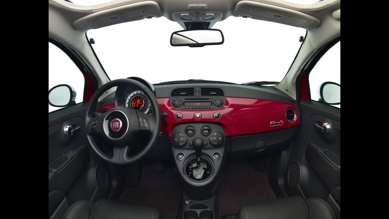 Teste CARPLACE: Fiat 500 Cabrio ganha fôlego com motor MultiAir flex