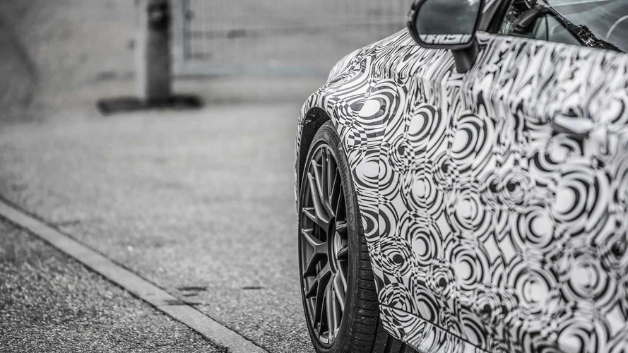 Do these teaser images show the Mercedes-AMG C63 Coupe?