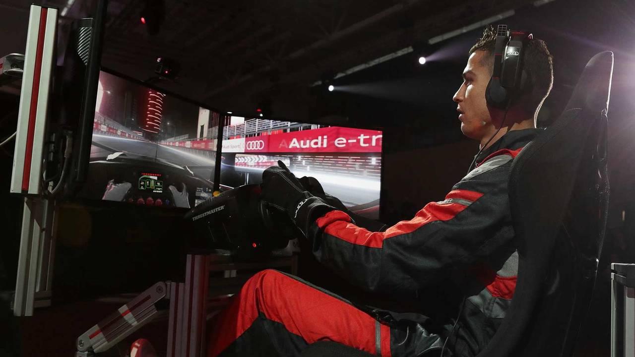 Ronaldo sur simulateur de Formule E