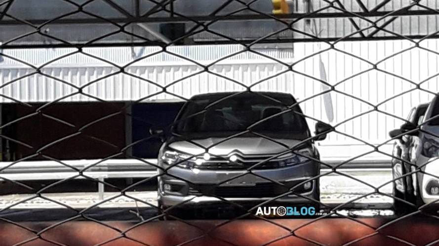 Citroën C4 Lounge 2018 - Flagra