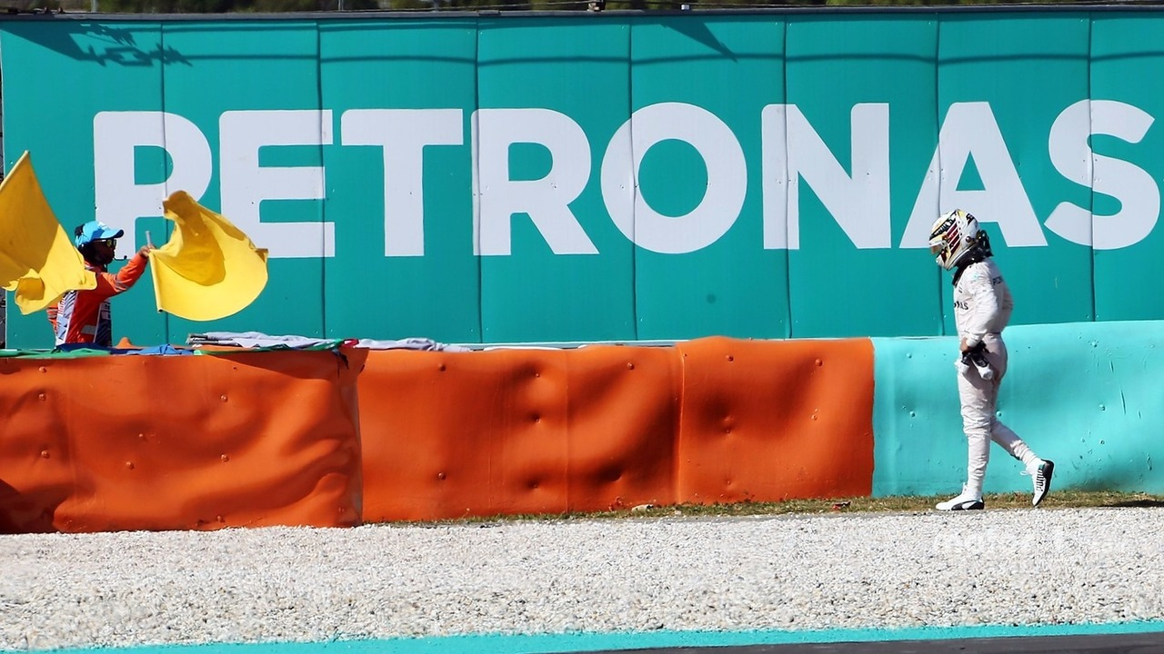 Lewis Hamilton, Mercedes AMG F1 retired from the race with a blown engine