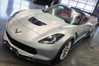 Corvette Z06 Goes Topless in New York, Drops Jaws