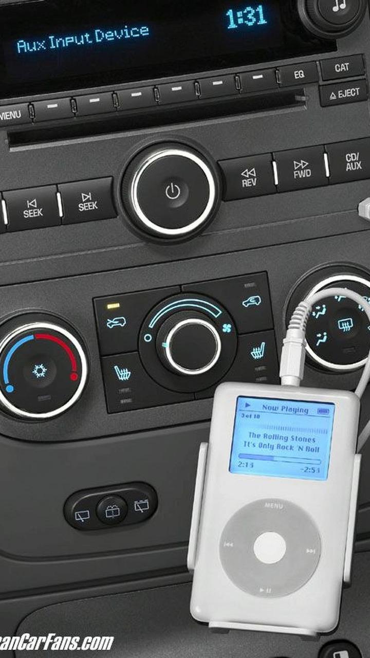 Chevrolet HHR with iPod compatible radio