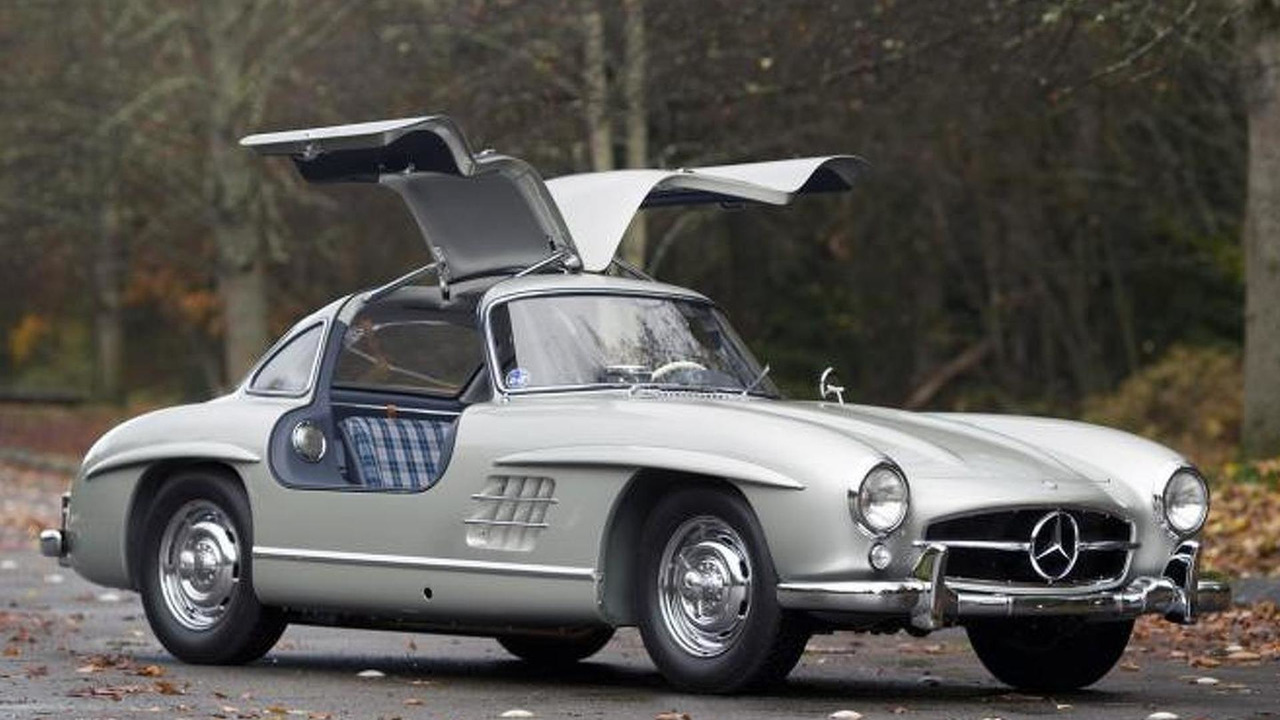 rare 1955 mercedes benz 300 sl alloy gullwing sells for. Black Bedroom Furniture Sets. Home Design Ideas