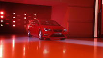 2013 Seat Leon live in Paris 26.09.2012