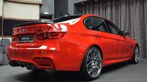 Ferrari kırmızısı renkli BMW M3 Competition Package
