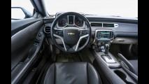 Novo Camaro chega em 2015 com design evoluído e câmbio de dupla embreagem