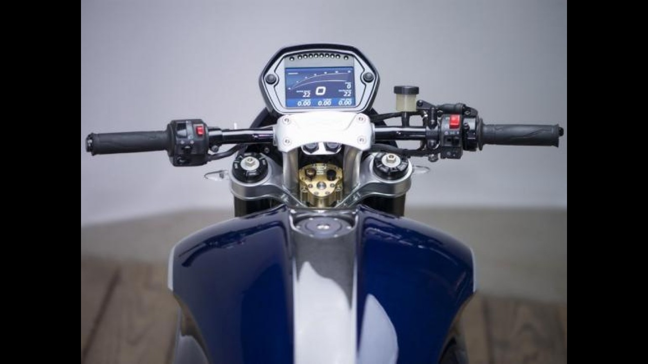 Insana: naked PGM V8 é a moto de produção mais potente do mundo!