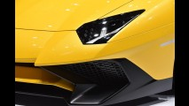 Lamborghini Aventador Superveloce de 760 cv é lançado no Salão de Genebra