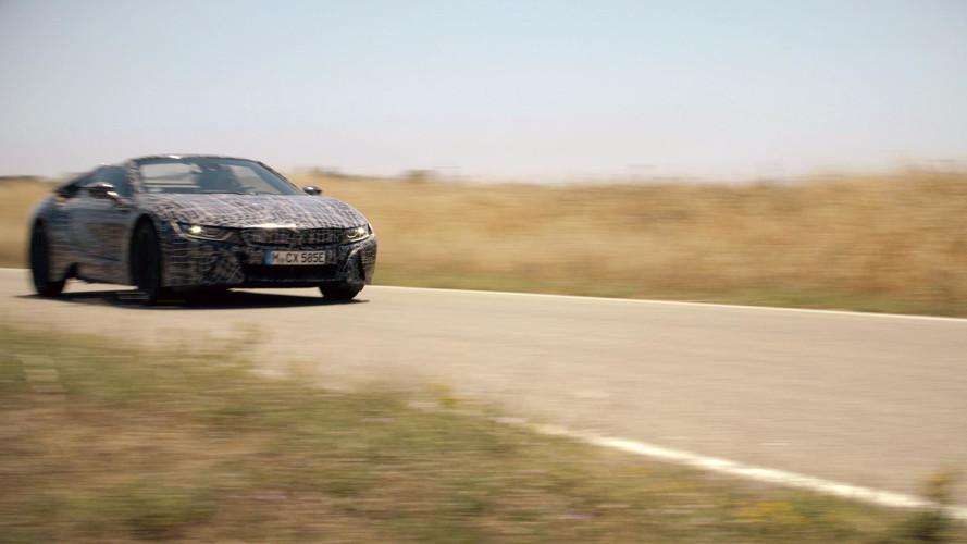 VIDÉO - La BMW i8 Roadster se montre sur la route !