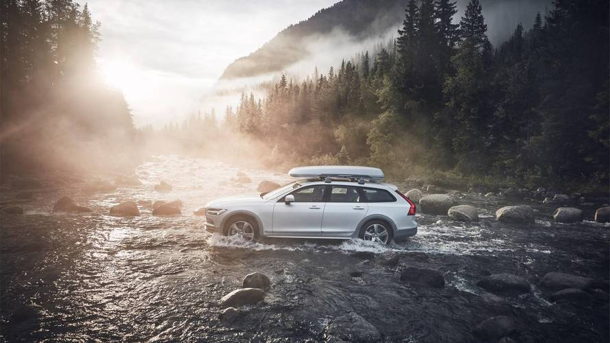 Volvo V90 Cross Country Volvo Ocean Race Fights Marine Pollution