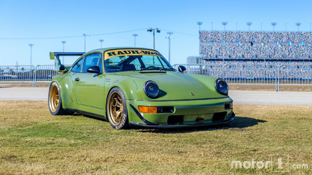 RWB Porsche 911 Shows Up At Ferrari Finali Mondiali