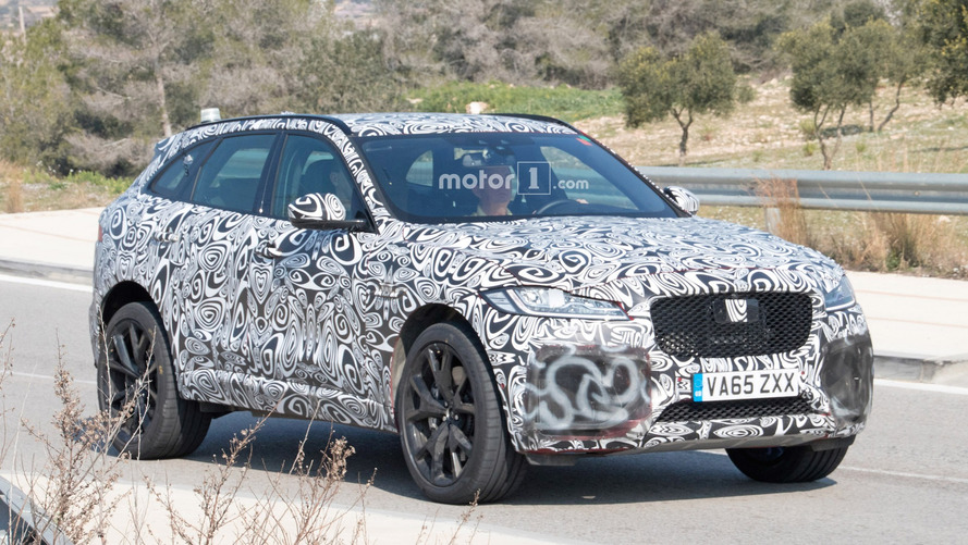 Jaguar F-Pace SVR caught in new spy shots