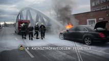 Kigyulladt Mercedes