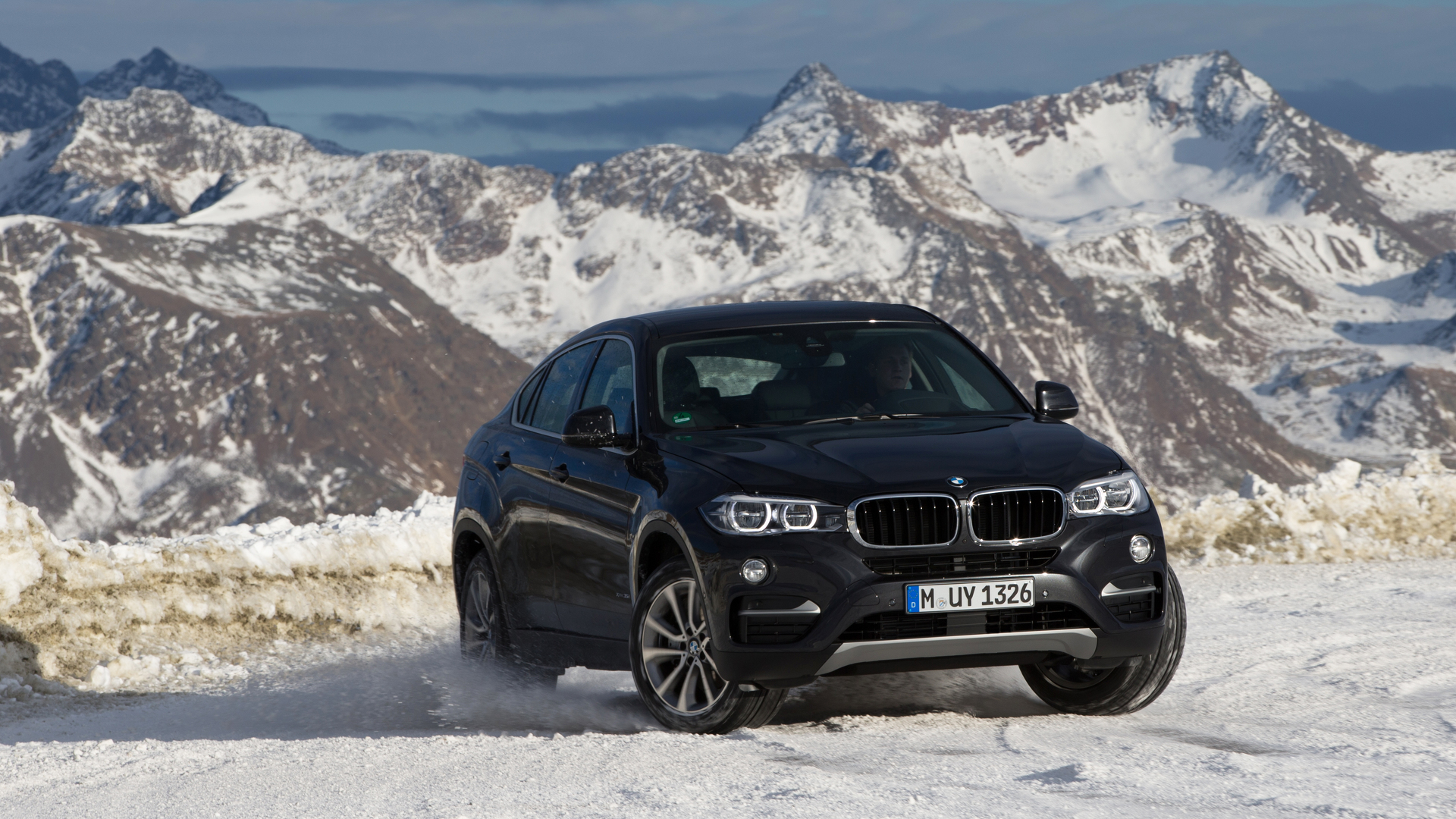 bmw x6 news and reviews. Black Bedroom Furniture Sets. Home Design Ideas