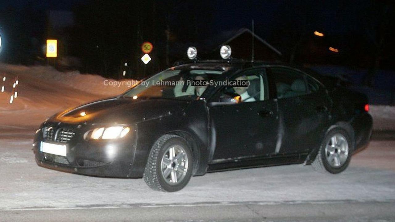New Volvo S 80 Uncovered Spy Photos