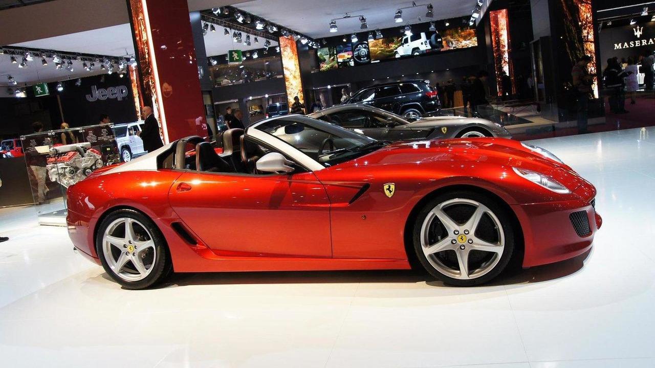 Ferrari SA Aperta 599 Roadster live in Paris 01.10.2010