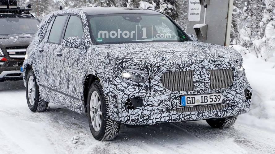 Mercedes-Benz GLB, le foto spia