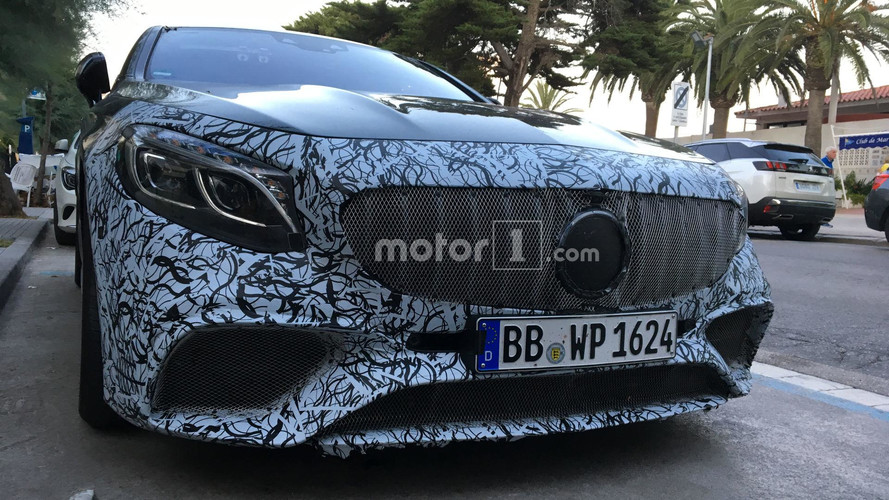Mercedes S-Class Coupe Facelift Spied By Motor1.com Reader