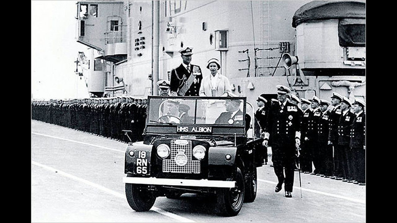 Land Rover Royal Ceremonial Vehicle, State IV