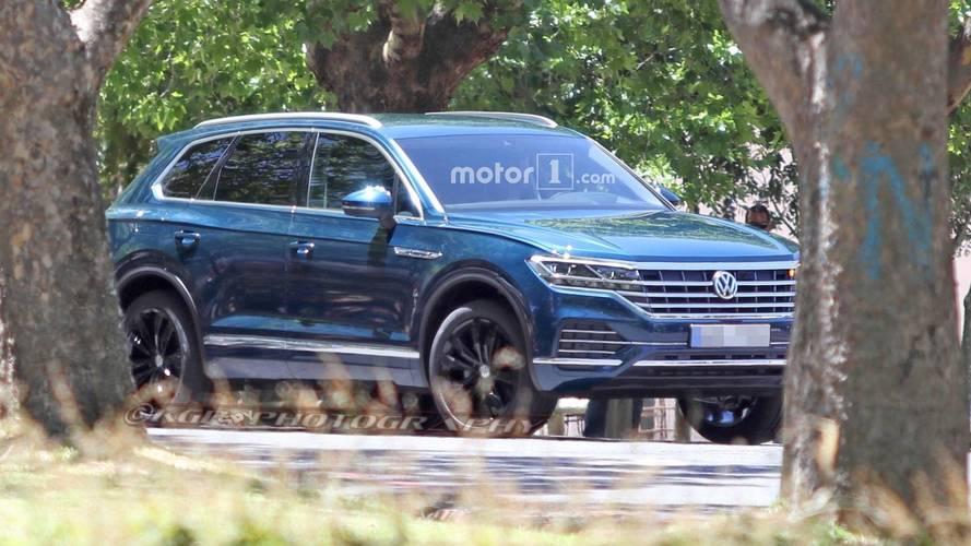 Filmforgatás alatt bukott le az új Volkswagen Touareg