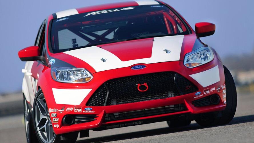 Ford Focus Race Car Concept debuts in LA