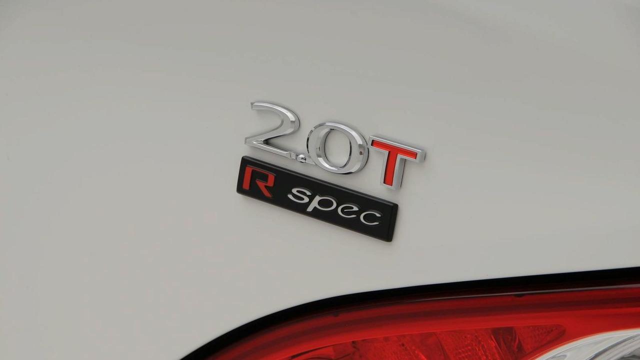 Hyundai Genesis Coupe 2.0T R-Spec - 1600