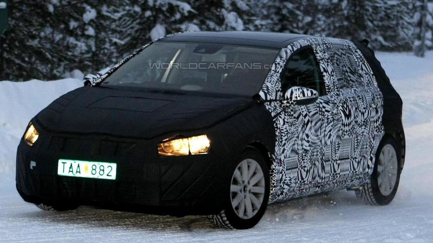 2013 Volkswagen Golf caught winter testing
