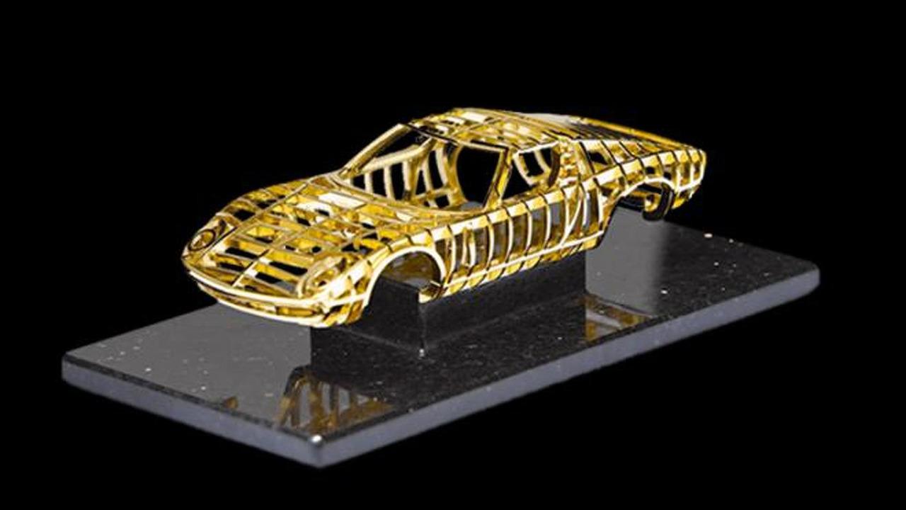 24 Carat Gold Lamborghini Miura sculpture by Dante 27.8.2012