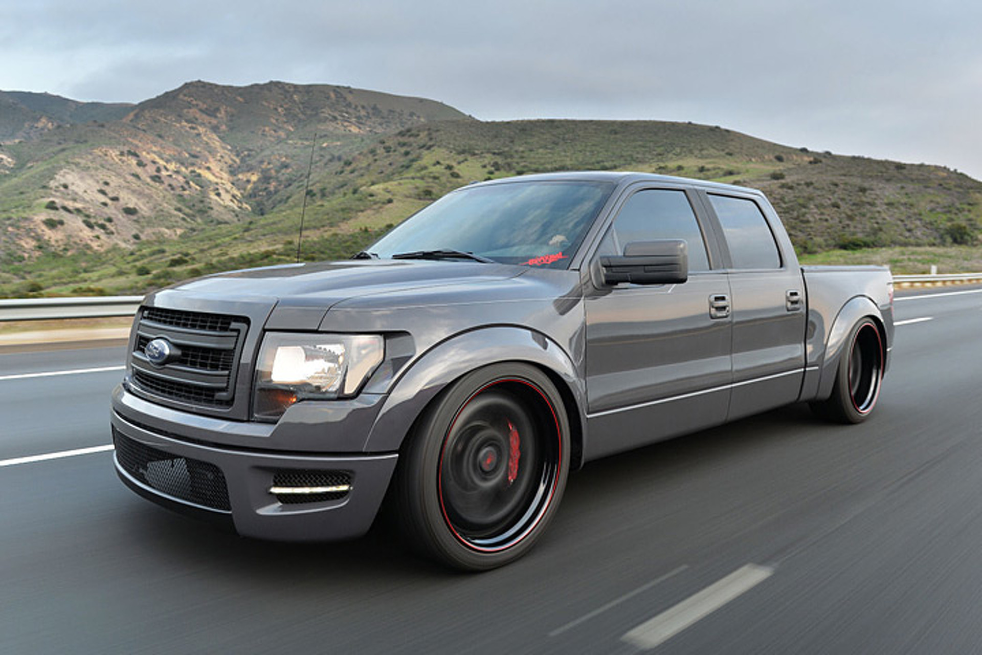 Slammed Ford F-150 Proves Altitude Isn't Everything