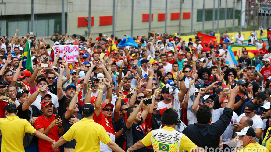 Analysis: Judging the size of F1's illegal fanbase