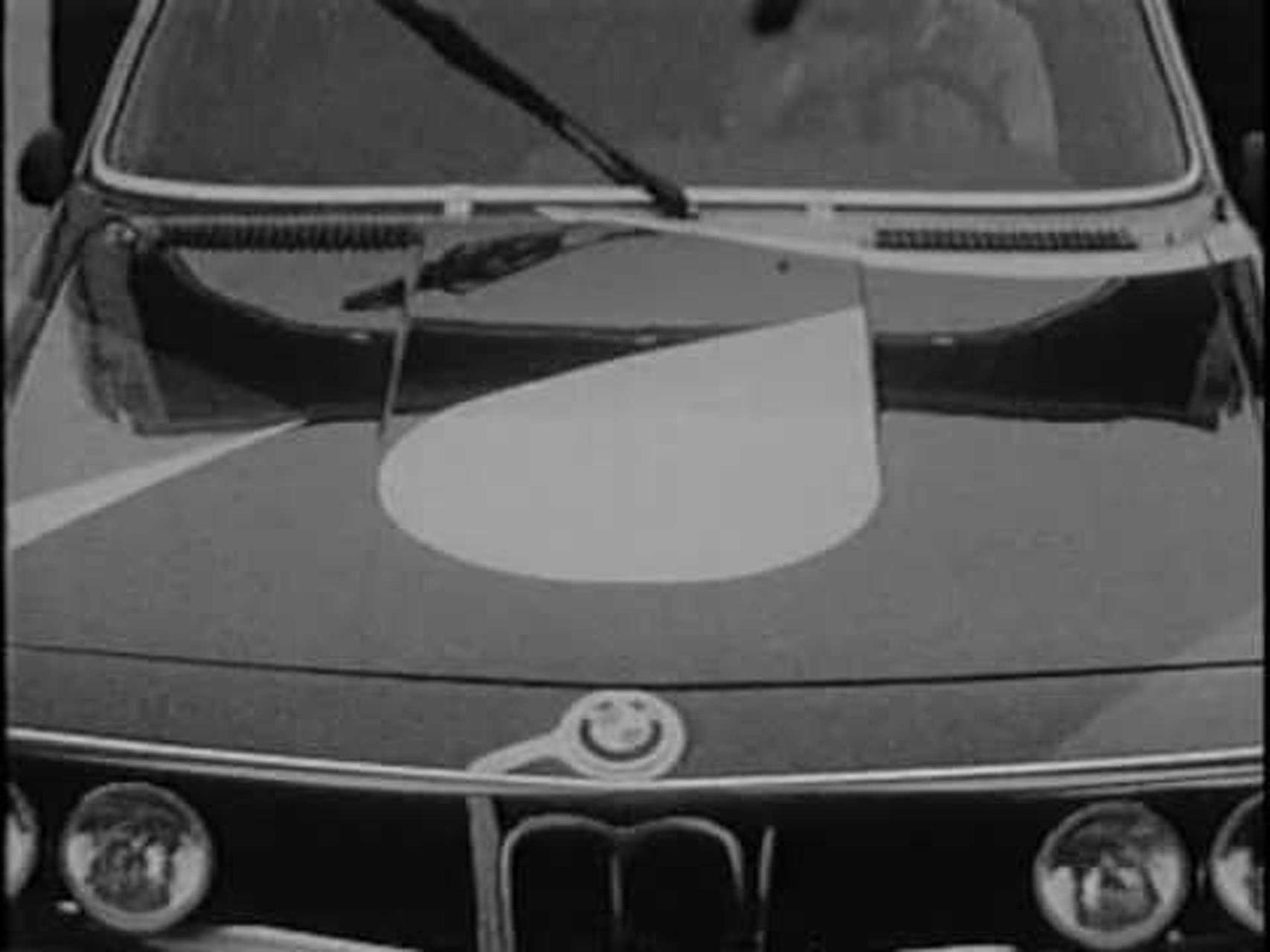 BMW Art Car - 1975 Alexander Calder 3.0 CSL.mpg