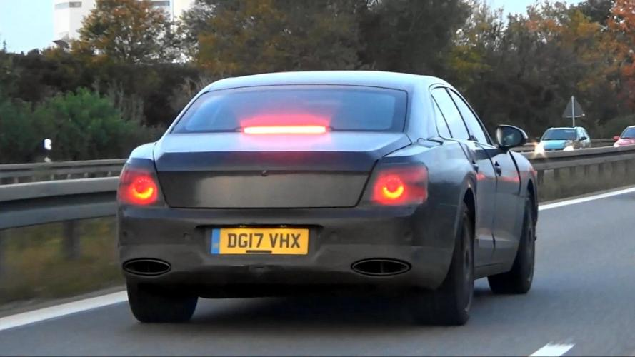 Bentley Flying Spur kamuflajla yakalandı