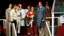 Podio: ganador de la carrera Alain Prost, McLaren, segundo lugar Ayrton Senna, Toleman