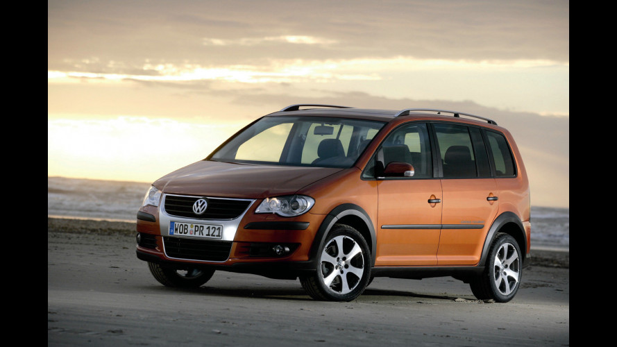 Volkswagen Cross Touran da 23.000 Euro