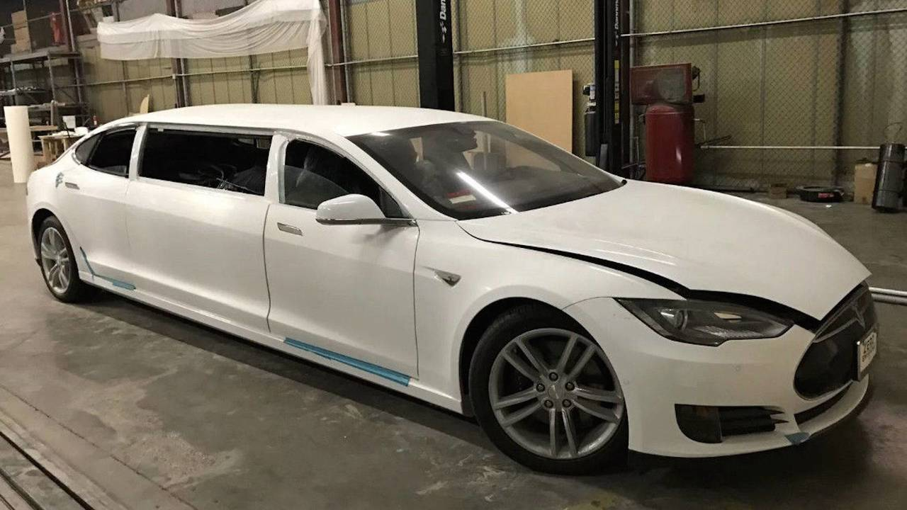 tesla-model-s-limousine.jpg