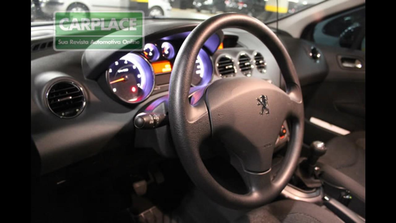 Exclusivo! Flagra mostra detalhes internos e externos do Novo Peugeot 408