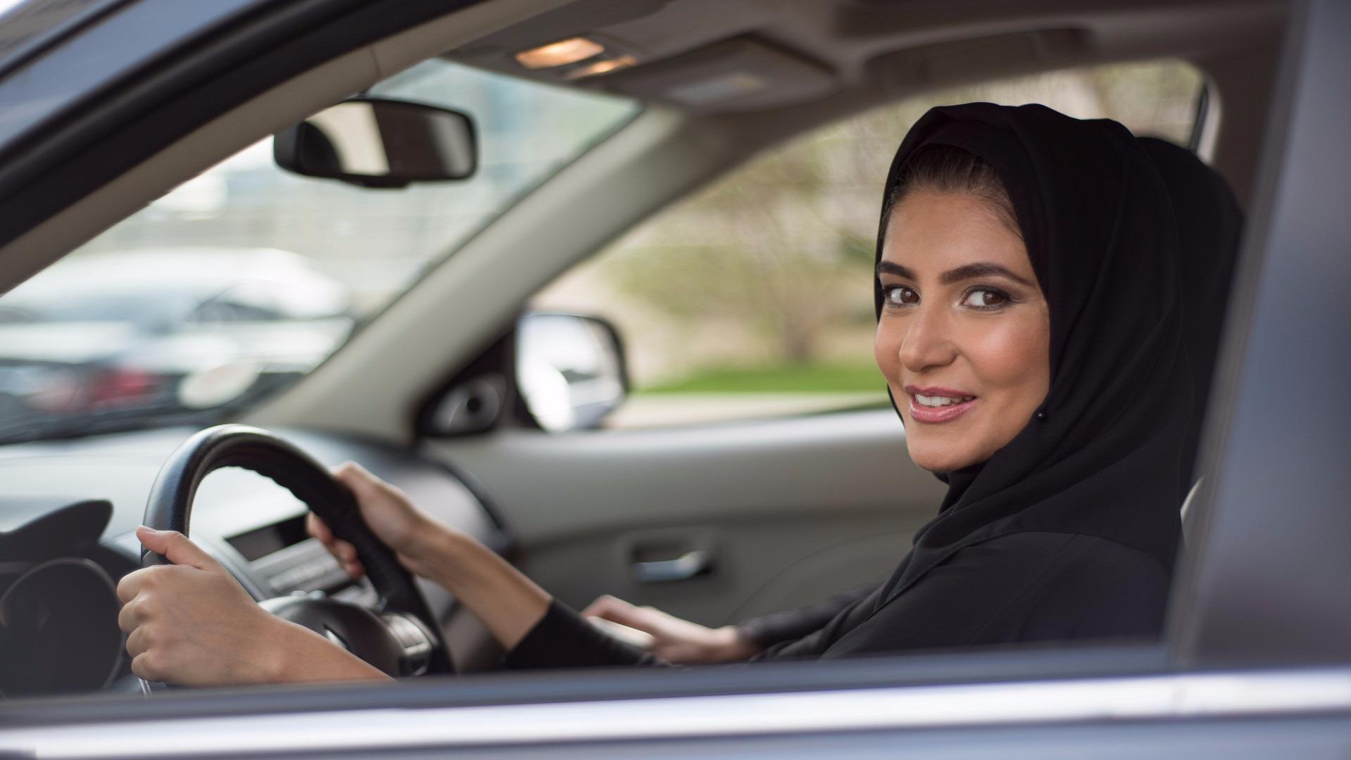 woman driving in saudi arabia essay Saudi arabia says it's ending its ban on women  saudi arabia to end ban on women driving saudi arabia says it's ending its ban on  as a woman, i.