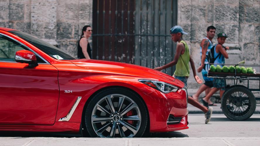 Infiniti Q60 - Cuba