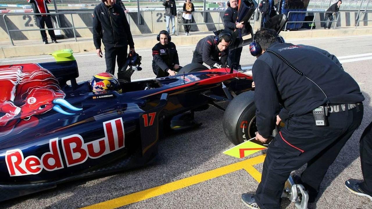 Jaime Alguersuari (ESP), Toro Rosso STR5 testing, 03.02.2010, Valencia, Spain