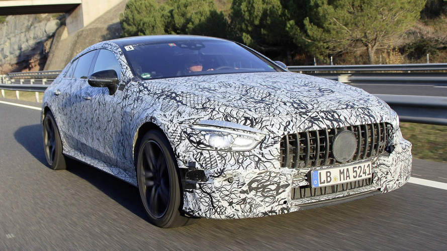 Mercedes a Ginevra con un carico di novità
